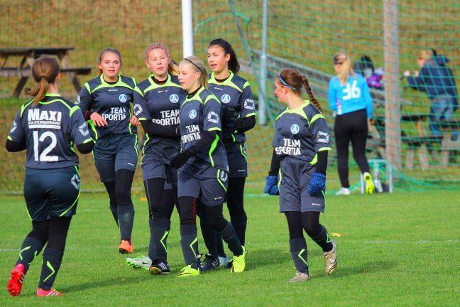 Fotbollsturnering avgjord i Bor
