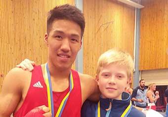 Guld och silver för nya boxare