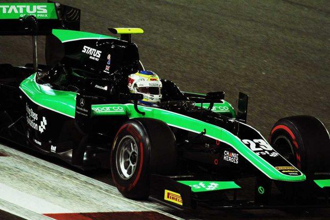 Felix testar för två team i Abu Dhabi
