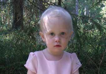 Izabell Rosgren 2 år