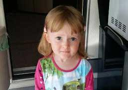 Maya Karlsson 3 år