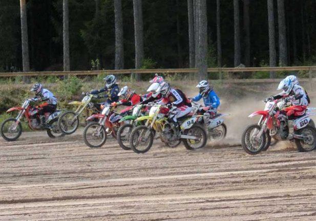 SMK Värnamo näst sist i serien