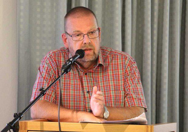 Roger Ödebrink debatterar