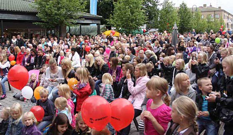 Fördubbblat stöd till centrumfester