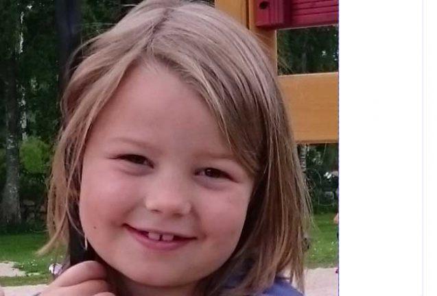 Ella Hansson 8 år