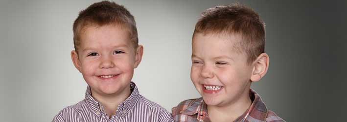 Isak och Melvin 5 år