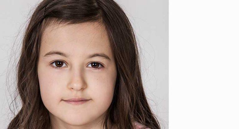 Nellie Schoeneck 9 år