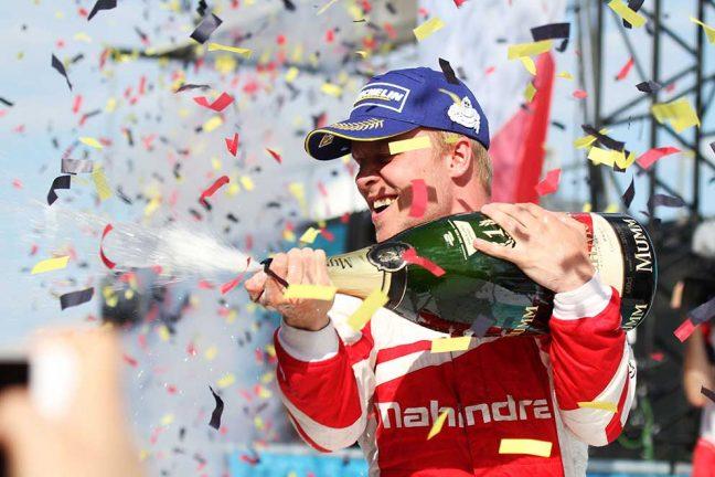 Felix tog historisk Formel E-seger