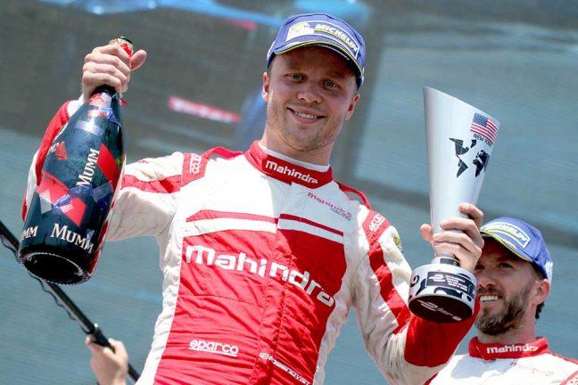 Felix förnyar Formel E-kontrakt