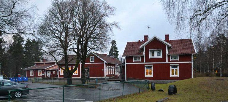 Köper Götafors skola för en krona!