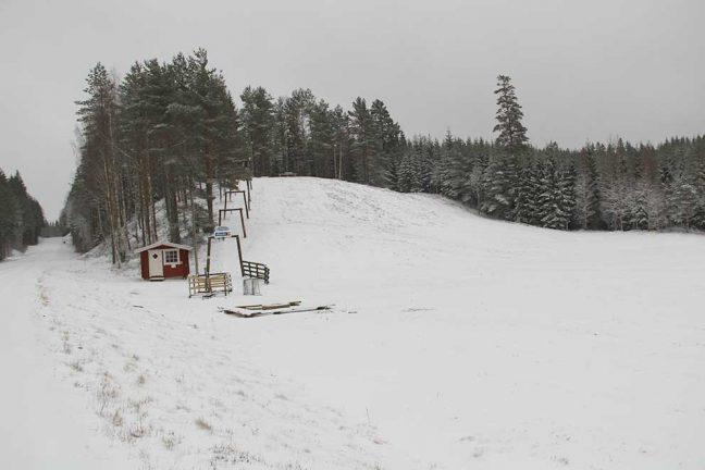 Svenarumsbacken lever men behöver mer snö