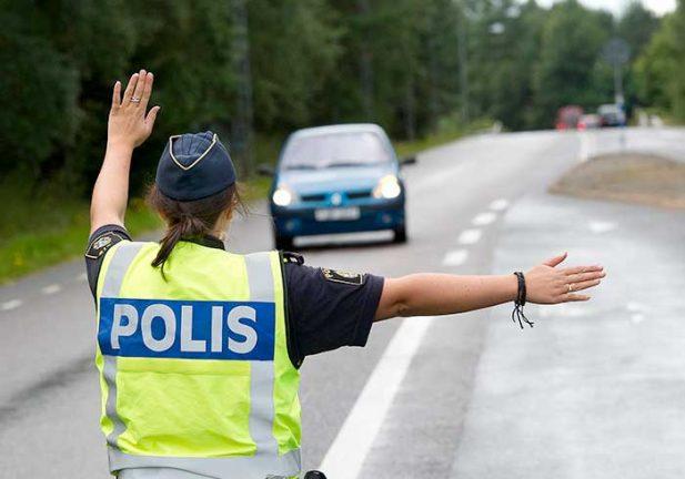 Jakten på rattfull bilist slutade vid Klevshult