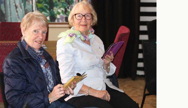 Seniorer får hjälp med it