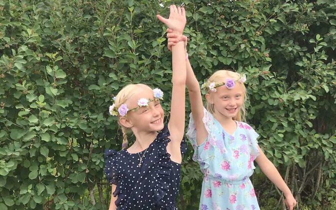 Holly och Isabell Olander