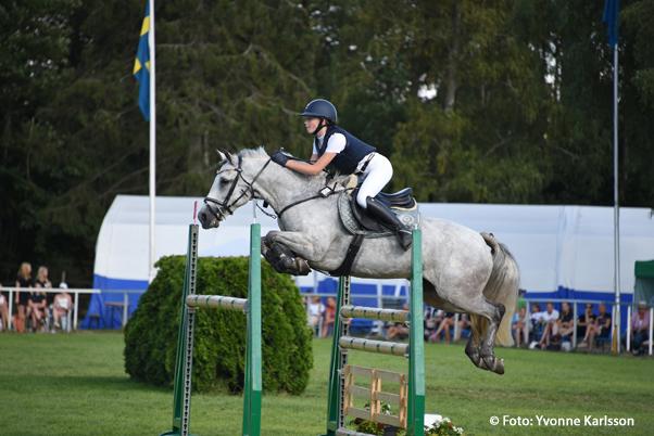 Två segrar för Klara Trofast