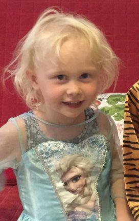 Izabell Rosgren 4 år