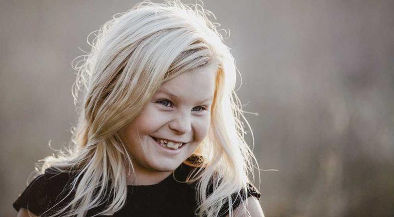 Selma Ahlgren 8 år