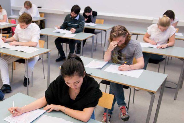 Nära 30 000  skrev högskoleprovet