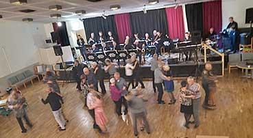 Gota Stream Big Band bjöd upp till dans