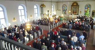 250 firade kyrkans nyinvigning