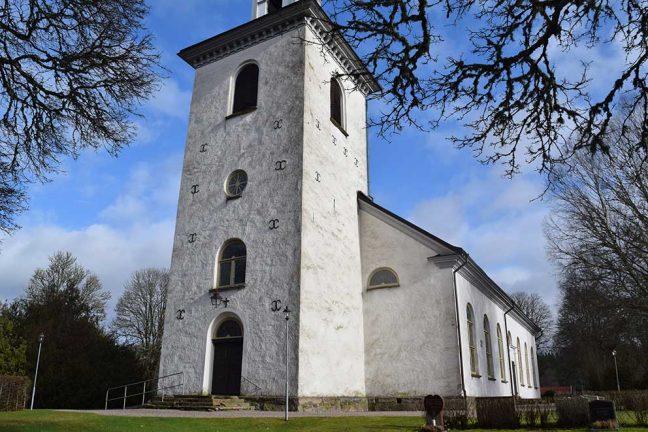 Påskdagens gudstjänst flyttas till Åker