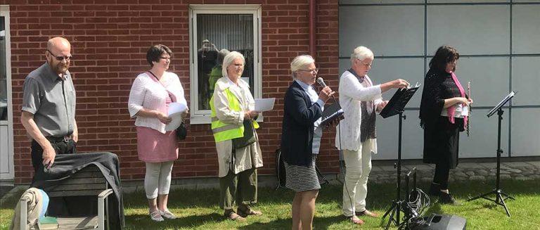 Boende på Sörgården fick sång- och andaktsbesök