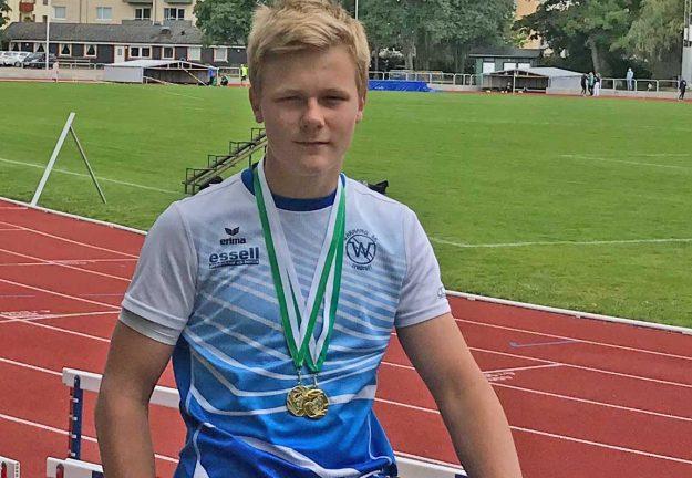 Dubbla klubbrekord och medaljregn över Elias