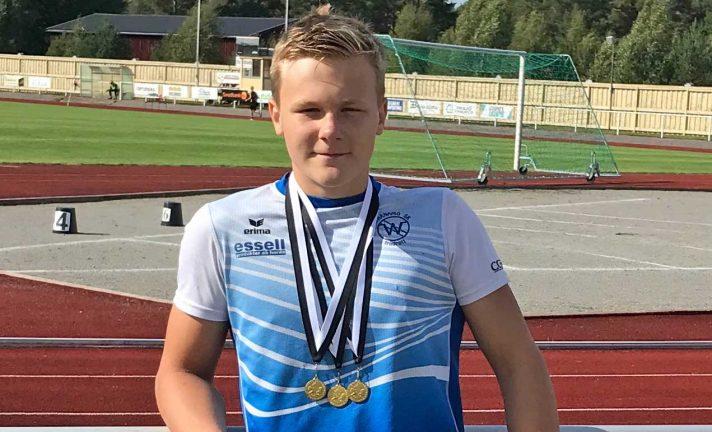 Elias Andersson kastade långt
