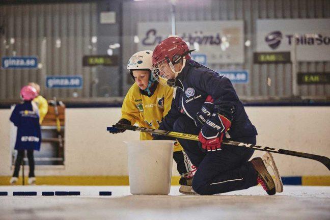 Dags för ishockeyskolor