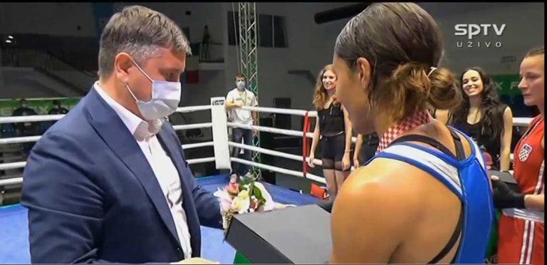 Agnes vann i Zagreb
