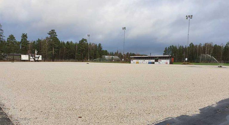 Utvecklingen av idrottsplats redan gjord – motion avslås