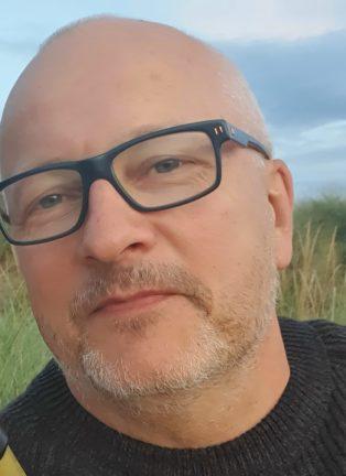 Micke Juul 53 år